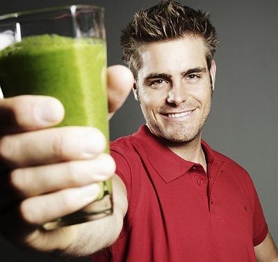 Super Grønne Juicer og Smoothies - ny bog af Mads Bo