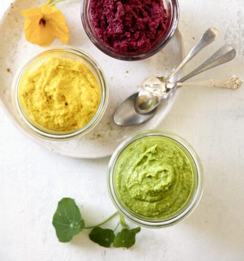 Hummus - opskrift paa hummus med spinat og aerter