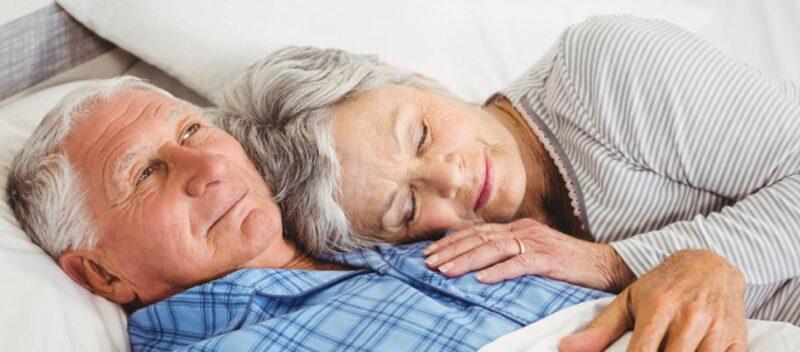 Hvorfor sover vi mindre, naar vi bliver aeldre