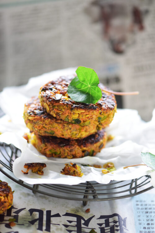 Gulerodsboeffer - opskrift paa vegetariske gulerodsboeffer