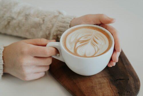 Drik kaffe og lev laengere?