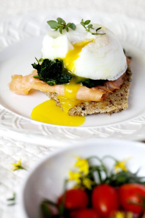 Eggs benedict i en lækker glutenfri version